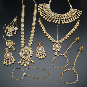 Beauty Lies In Perfection, And Perfection Lies In Jewellery | Bling